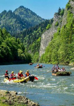 Dunajec, Pieniny Bratislava, Beautiful Places In The World, Homeland, Amazing Nature, The Dreamers, Exploring, Cool Pictures, Outdoors, Country