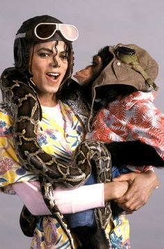 Michael and Bubbles on the set of Leave me alone 1989