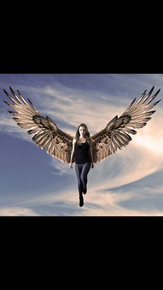Pierra Forde as Maximum Ride! Come on directors! get a clue! Pierra Forde is the BEST Maximum Ride, and she will ALWAYS be the best!