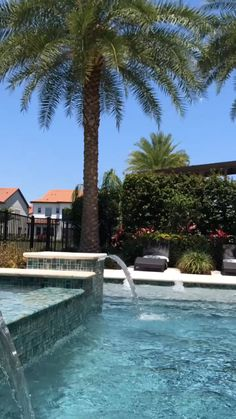 Creating the ultimate backyard! The visual movement, sound, palm trees, and seating. im garten videos Waterfall Pools Create the Ultimate Backyard Swimming Pools Backyard, Swimming Pool Designs, Pool Landscaping, Landscaping Design, Small Backyard Patio, Backyard Patio Designs, Cheap Pool, Pool Waterfall, Modern Pools