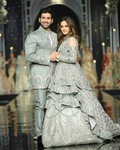 Fashion Ramp Pakistan Fashion Shows, Pakistani Fashion Weeks Couple Wedding Dress, Pakistani Wedding Outfits, Indian Bridal Outfits, Pakistani Bridal Dresses, Pakistani Wedding Dresses, Pakistani Dress Design, Walima Dress, Designer Bridal Lehenga, Indian Gowns Dresses