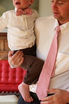 Matching daddy and son ties = epically adorable!