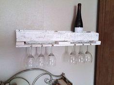 Pallet Bottle Rack And Coat Rack | 1001 Pallets ideas ! | Scoop.it