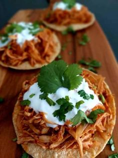 Cilantro, Chile Chipotle, Tacos, Ethnic Recipes, Food, Tostada Recipes, Shredded Chicken, Ethnic Food, Meals
