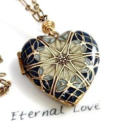 Love this locket!