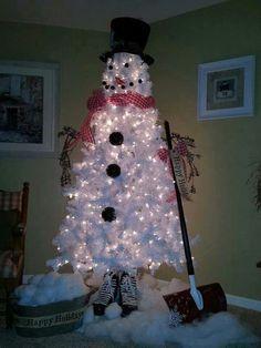 Make Christmas Tree into a Snowman