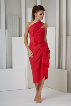 Formal dresses / Evening gowns Collection 'UNIQUE' – Volker Vornehm Photographer One Shoulder, Shoulder Dress, Evening Dresses, Formal Dresses, Unique, Collection, Fashion, Home, Evening Gowns Dresses
