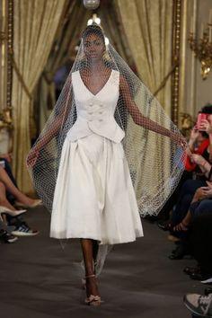Vestidos de novia para boda civil 2017: 40 diseños que darán de qué hablar Image: 33
