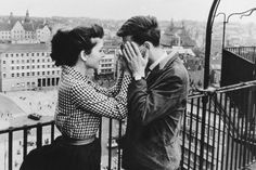 """Renate Blume and Eberhard Esche in """"Der geteilte Himmel"""" (The Divided Heaven) Berlin, 1964 - (The movie was directed by Konrad Wolf. Adapted from Christa Wolf's novel of the same name) """" """"Dê-me um beijo"""", disse Rita. Couples Vintage, Vintage Love, Cute Couples, Vintage Black, Vintage Romance, Vintage Photos, Vintage Style, From Dusk Till Down, Albert Schweitzer"""