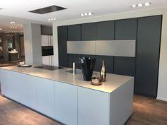 Pin by barbara rhodes on modern kitchen in 2019 кухня, интерьер, дизайн. Kitchen Room Design, Modern Kitchen Design, Home Decor Kitchen, Kitchen Interior, Open Plan Kitchen, New Kitchen, Kitchen Dining, Küchen Design, House Design