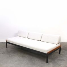 Daybed from the sixties by Friso Kramer for Auping
