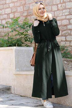 Holiday Outfits Women, Fall Fashion Outfits, Fashion Dresses, Pakistani Fashion Casual, Abaya Fashion, Islamic Fashion, Muslim Fashion, Hijab Evening Dress, Stylish Hijab