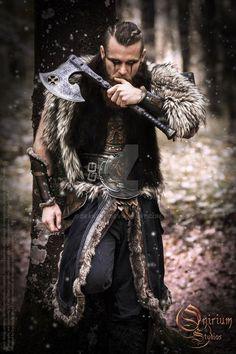 Viking inspired - Calimacil partnership by Deakath viking warrior vikings champions norse winter is coming Costume Viking, Viking Cosplay, Viking Dress, Viking Warrior Men, Viking Men, Viking Armor, Viking Makeup, Vikings Halloween, Barbarian Costume