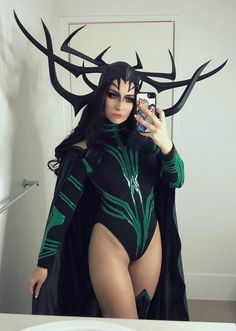 Thor Ragnarok Hela b