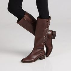 @Overstock - Stride in style with these fashionable knee-high boots from BCBGeneration. A slightly padded footbed and durable leather complete this boots.   http://www.overstock.com/Clothing-Shoes/BCBGeneration-Janiss-Leather-Knee-high-Boots/6771515/product.html?CID=214117 $189.99