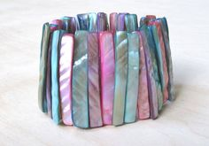REDUCED Vintage Mother of Pearl elastic bracelet dyed in pastel colors S to M size