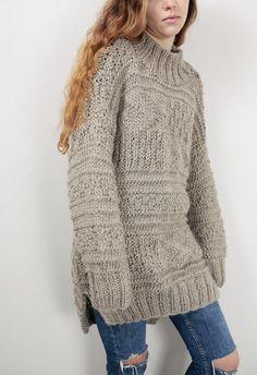 Mujer de gran tamaño suéter de lana tejida a mano suéter