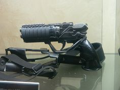 There were plenty of fun off-site attractions at this year's San Diego Comic-Con, but the Blade Runner 2049 experience took the cake. Blade Runner Blaster, Denis Villeneuve, Blade Runner 2049, Mens Toys, Sci Fi Weapons, Classy Cars, Weapon Concept Art, Movie Props, Shadowrun