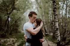 couple-shooting | forest | trees | couple | photography | love | paarshooting | kiss