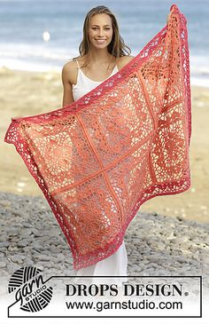 Blanket with crochet squares and lace pattern, in DROPS Paris.