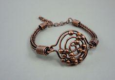 Figgit bracelet in copper viking knit.