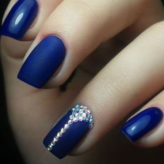 Beautiful Nail Designs To Finish Your Wardrobe – Your Beautiful Nails Best Nail Art Designs, Beautiful Nail Designs, Hair And Nails, My Nails, Nagel Hacks, Nails Design With Rhinestones, Blue Nails With Design, Diamond Nails, Pretty Nail Art