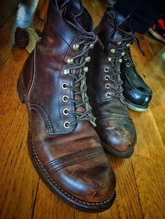 Red Wing Iron Rangers Amber Harness 8111 Heritage Leather Boots