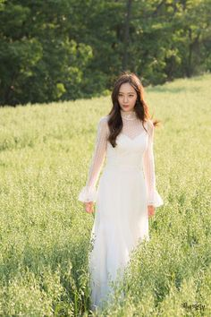[Drama Bride of the Water God, 하백의 신부 Krystal Fx, Jessica & Krystal, Krystal Jung Fashion, Bride Of The Water God, Victoria, Girl Crushes, Asian Woman, Kpop Girls, Korean Fashion