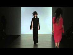 John Rocha Fall Winter Woman Fashion Show Woman Fashion, Fashion Show, Fall Winter, Women, Women's Work Fashion, Women's Fashion, Womens Fashion, Moda Femenina