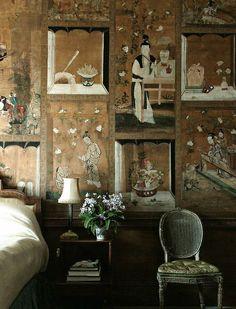 爱 Chinoiserie? Mai Qui! 爱 home decor in chinoiserie style - Chinese Room papered with mid-eighteenth century Chinese paintings in fretwork patterned borders -Milton in Cambridgeshir...
