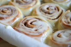 THE Cinnabon Cinnamon Roll Recipe (Lauren's Latest) - TESTED! Tastes exactly like Cinnabon! Cinnabon Recipe, Cinnabon Cinnamon Rolls, Delicious Desserts, Yummy Food, Rolls Recipe, Desert Recipes, Sweet Recipes, Love Food, Breakfast Recipes