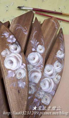 玫瑰彩繪 One Stroke Painting, Stencil Painting, Tole Painting, Painting Patterns, Painting On Wood, Rosemaling Pattern, Shabby Chic Painting, Pintura Country, Pallet Art