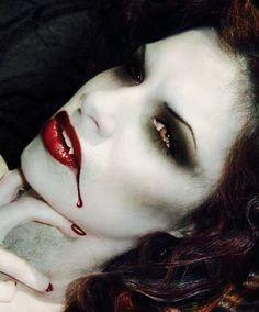 #Vampire #Halloween makeup