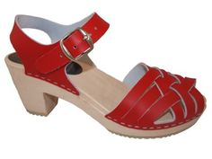 Damn you, clogs! pt. 2 , from Mohdea - TOPZY Red- träskosandal