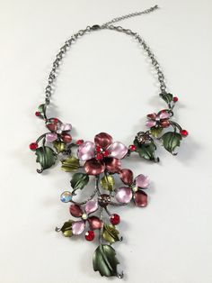 Full Bloom Flower Necklace -- Pink/Red