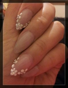 Elegant stiletto nail #3D flowers