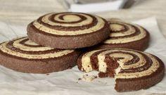 Kakao a vanilka. Crinkles, Biscotti, Doughnut, Cheesecake, Food And Drink, Xmas, Christmas, Sweets, Cookies