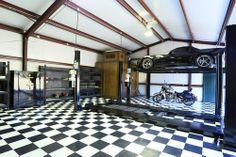 Awesome Garage