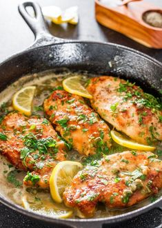 Lemon Chicken Piccata - a simple yet super impressive chicken piccata in a tasty lemon, butter and capers sauce. Perfect with pasta for a delicious dinner. #chickenpiccata