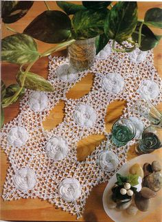 'Gardenias' crochet - see free pattern