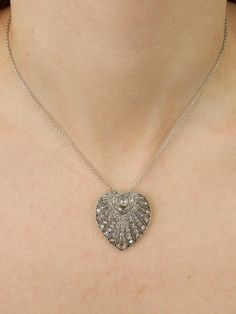 Art Deco rare 3.48 Ct diamond elegant heart pendant