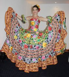 Mexican Fashion, Mexican Style, Dama Dresses, Quinceanera Dresses, Vestido Charro, Traditional Mexican Dress, Mexican Costume, Flamenco Skirt, Boho Fashion