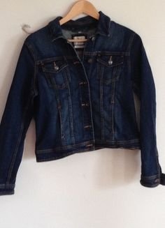 Kaufe meinen Artikel bei #Kleiderkreisel http://www.kleiderkreisel.de/damenmode/jeansjacken/127427744-denim-jacke-in-blau
