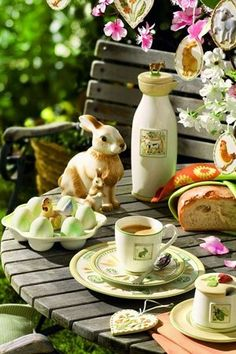 Easter tea party! Best part of Spring is we can have our tea outside in Maryland...can't wait!