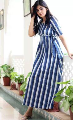 order contact my whatsapp number 7874133176 Kurta Designs Women, Blouse Designs, Dress Designs, Western Dresses, Indian Dresses, Casual Day Dresses, Casual Wear, Summer Dresses, Fancy Kurti