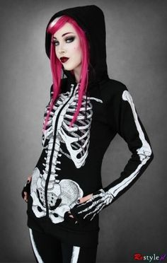 Dark clothes, punk shirts, gothic jewelry from Restyle.pl beauty-and-fashion-offbeat-home