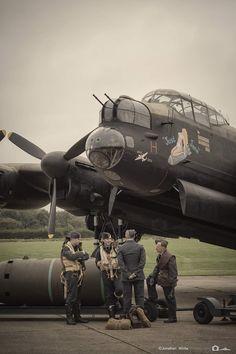 Navy Aircraft, Ww2 Aircraft, Military Aircraft, Lancaster Bomber, Ww2 Planes, Nose Art, Royal Air Force, Aviation Art, Luftwaffe
