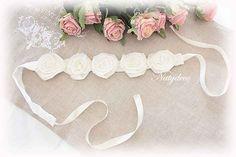 Embrasse de fleurs couleur blanc cassé en lin et voile de lin fait main NATYDECO vente sur  http://www.natydecocorse.com/
