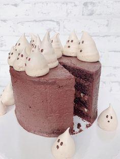 Hier seht ihr noch einmal den Anschnitt der Torte😍 Kakao, Cheesecake, Desserts, Food, Bakeware, Merengue, Dessert Ideas, Tailgate Desserts, Cheesecakes