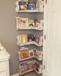 Great for small baby rooms! DIY Pallet Board Bookshelf for Nursery. Rustic White Paint Finish.